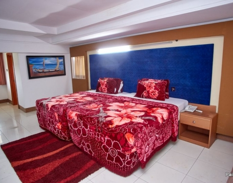 Rooms and Suites_2